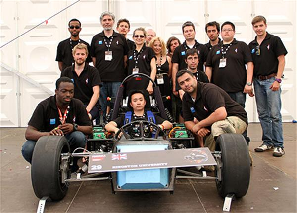 engineering-students-use-3d-printing-build-concept-cars-summer-competitions-00002