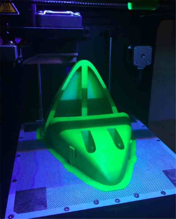 engineering-students-use-3d-printing-build-concept-cars-summer-competitions-00007