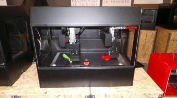 Stampante italiana KLONER3D 240TWINa doppio braccio robotico