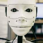 Un adolescente greco il più giovane creatore di robot umanoidi 'InMoov'stampati in 3D a grandezza naturale