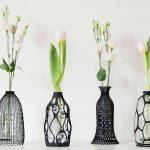 Libero Rutilo e i suoi copribottiglie stampati in 3D. Il riciclo come forme d'arte