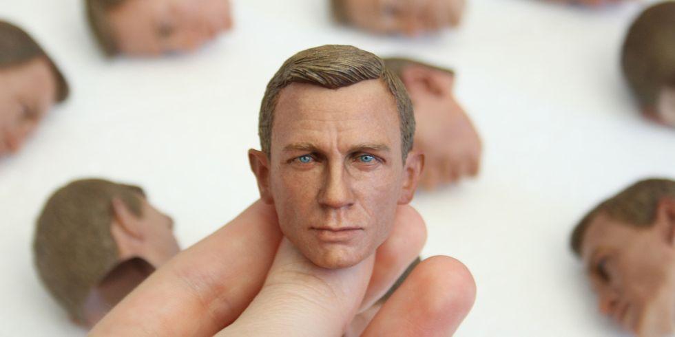 Riproduzione di Daniel Craig stampato in 3d e dipinto a mano