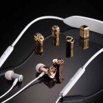V-MODA ei suoi auricolari in oro e platino stampati in 3D