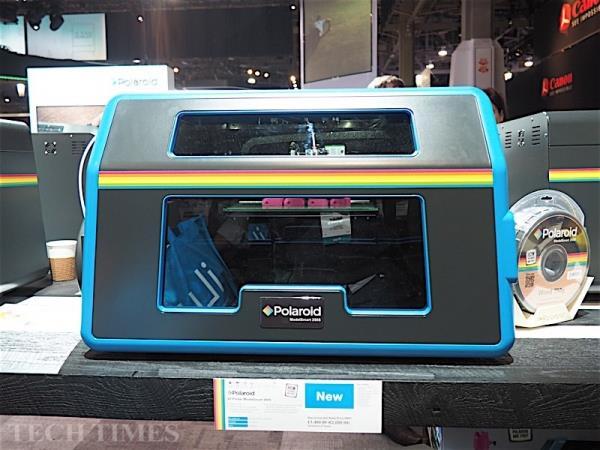 stampante ModelSmart 250S 3D presentata al CES l'anno scorso