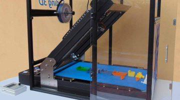 Sliding-3D la rivoluzionaria stampante 3D con piano costruzione infinito che elimina i supporti