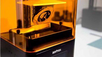 La stampante 3D DLP Inkspire, Zortrax entra nel mercato della stampa 3D in resina.
