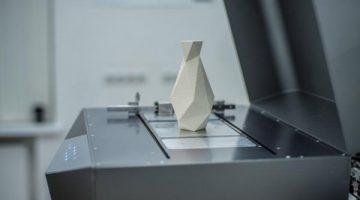 Le rivoluzionarie stampanti 3D Desktop Ceramo producono pezzi finiti in ceramica