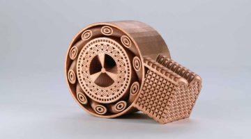EOS presenta soluzioni per la stampa 3D flessibile e automatizzata di materiali metallici